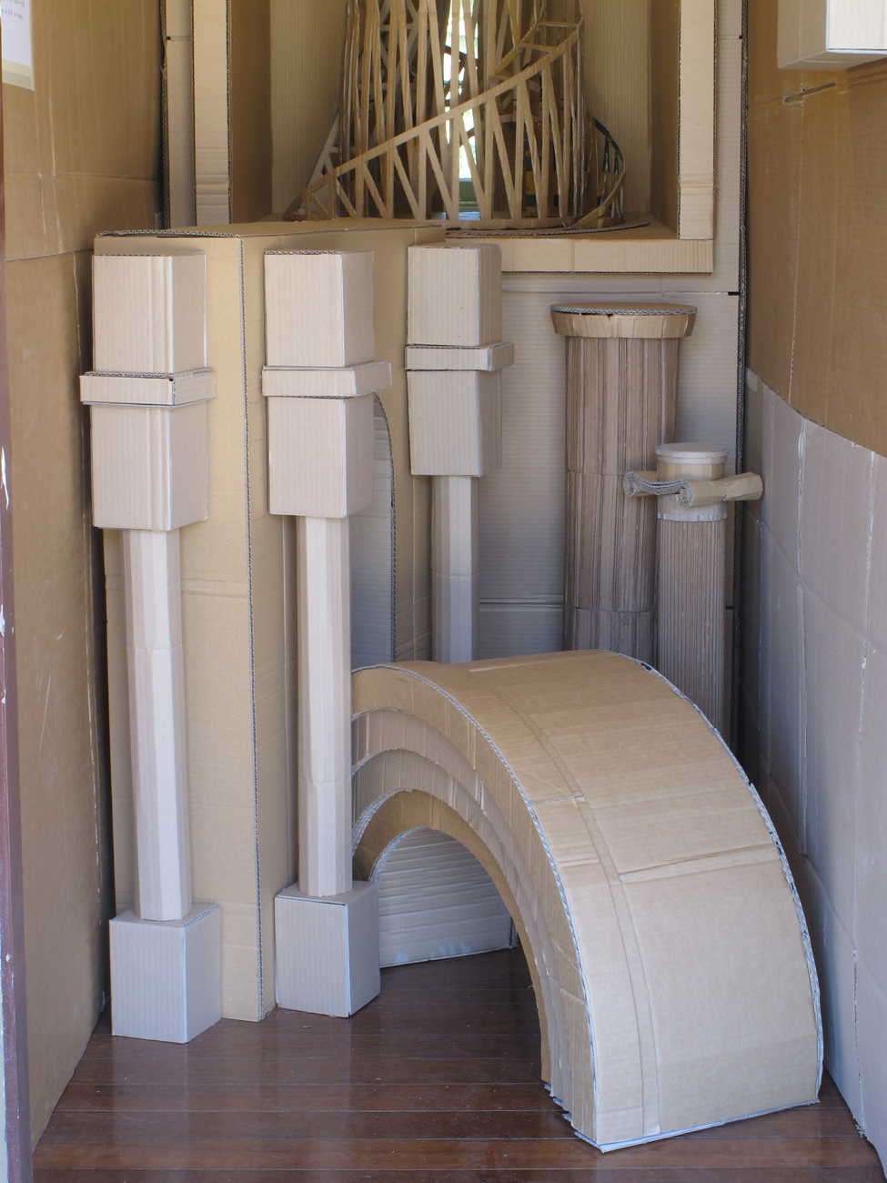 arch and column models on floor